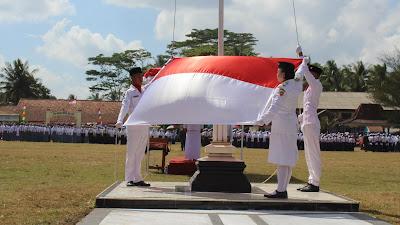 Gelora Upacara Bendera, Kibarkan Sang Merah Putih di Alun-alun Pituruh