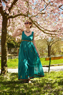 quaintrelle, georgiana, quaint, outfit, ootd, cherry blossoms, diy dress, handmade, sarie