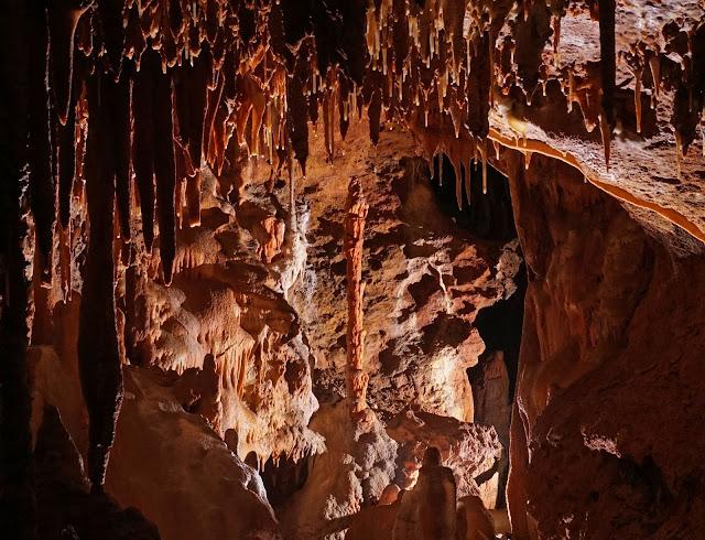 Grotte colorée