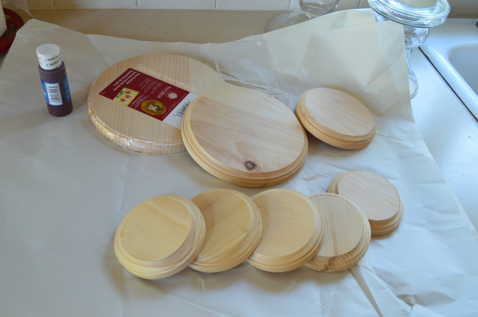 DIY Wooden Cake Stand  Exquisitely Unremarkable