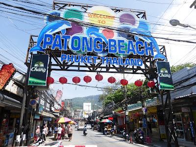 Bangla street, Patong Beach, Phuket, Tailandia, La vuelta al mundo de Asun y Ricardo, vuelta al mundo, round the world, mundoporlibre.com