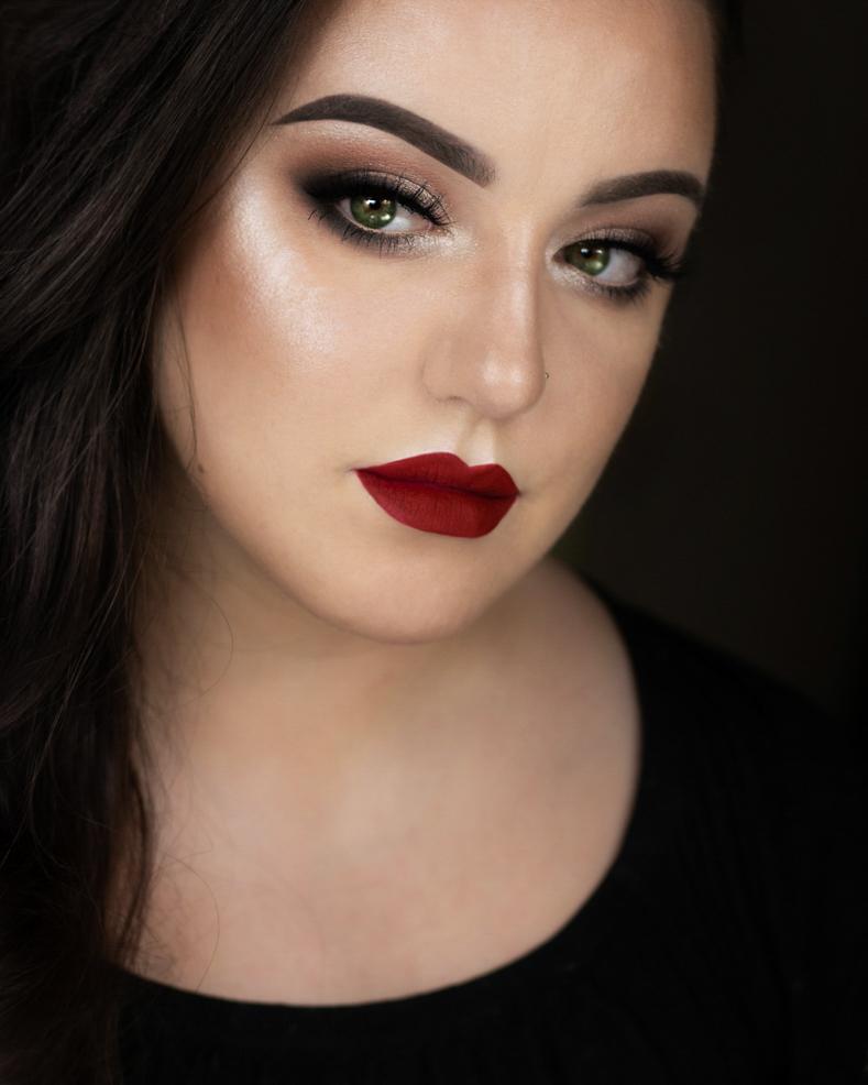 Szybki i prosty makijaż świąteczny krok po kroku