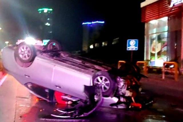 Joven automovilista se mata en la Atlixcáyotl