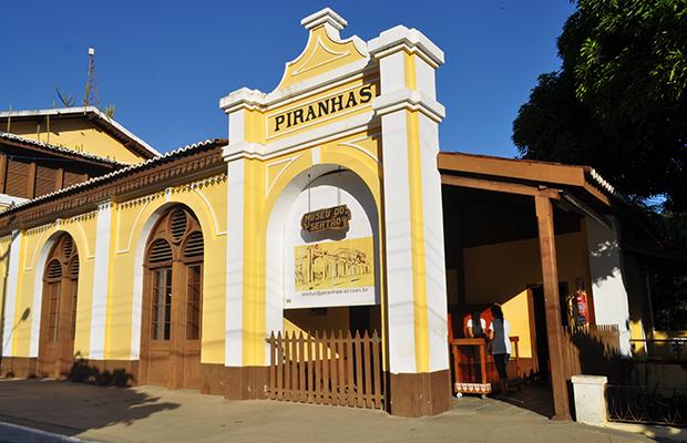 www.canionsxingo.com.br - O Museu do Sertão é o maior acervo histórico da Região, contendo diversos itens de uso diário, armas, vestimentas entre outros