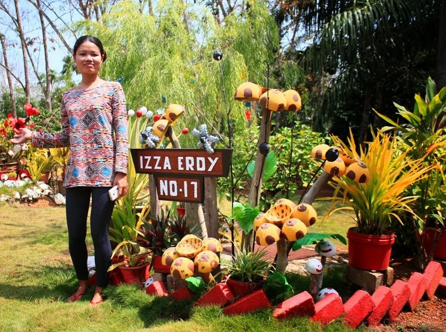 Sejak Dulu Lagi Penduduk Kampung Ini Memang Menghiasi Halaman Rumah Mereka Dengan Pokok Bunga Terutamanya Orkid