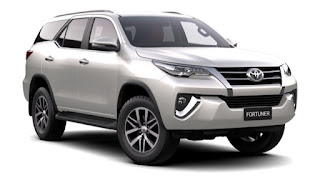 Top 10 oto ban chạy 2017 Fortuner