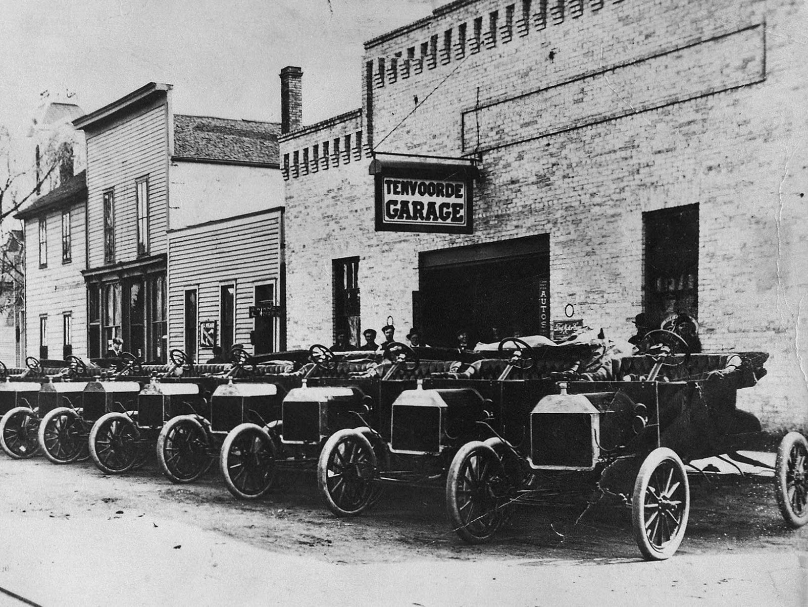 Just A Car Guy: In 1903, St. Cloud bicycle-store owner Stephen ...