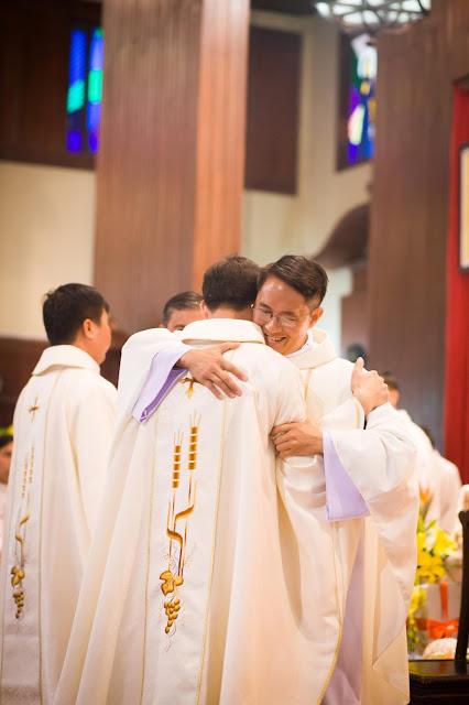 Lễ truyền chức Phó tế và Linh mục tại Giáo phận Lạng Sơn Cao Bằng 27.12.2017 - Ảnh minh hoạ 37