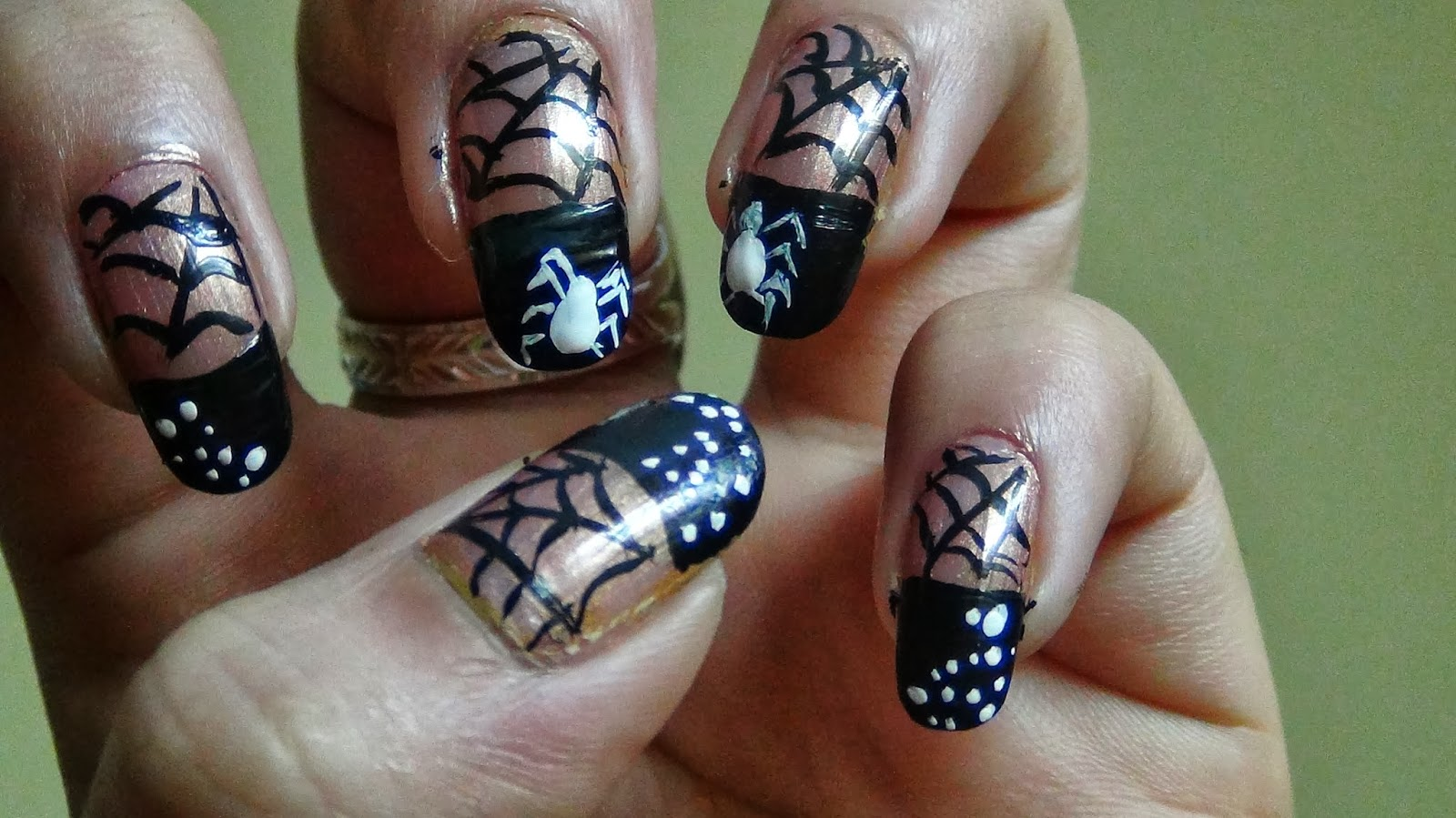 New Hairstyle 2014: Halloween Spider Web Nail Art Ideas