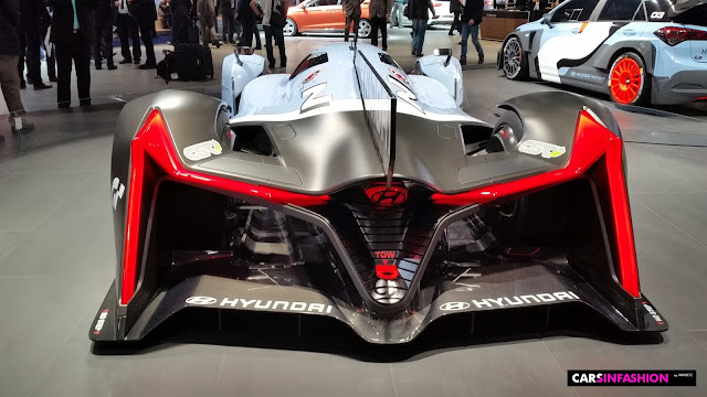Hyundai N 2025 Vision Gran Turismo with tall Air Blower Turbine at the IAA 2015, Frankfurt