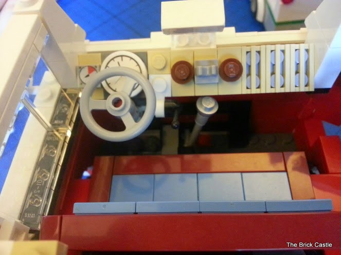 LEGO T1  Volkswagen Split screen Campervan set 10220 dashboard and gearstick
