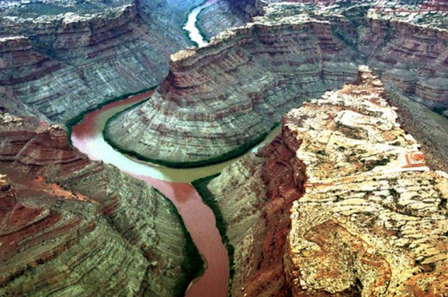 The confluence of the Green River and the Colorado River in Canyonlands National Park, Utah, USA