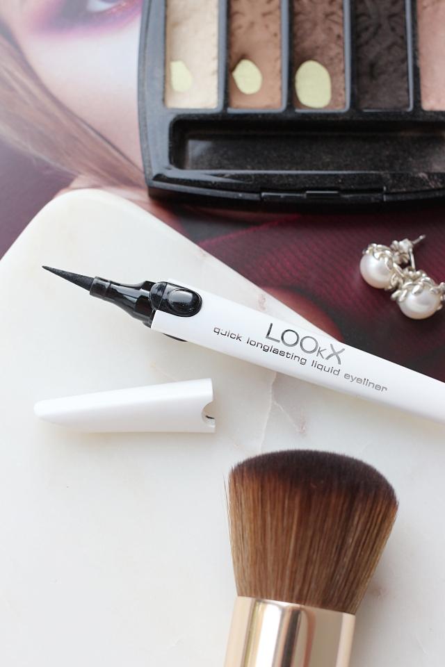 LOOkX Quick Longlasting Liquid Eyeliner