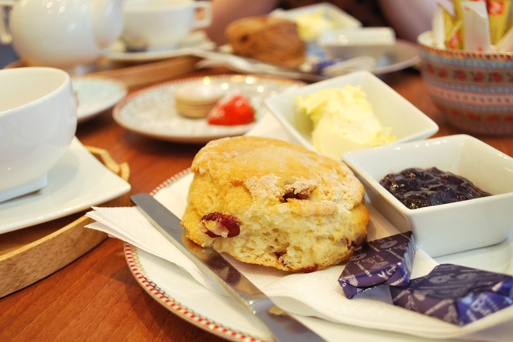 Scones at Cup Aberdeen