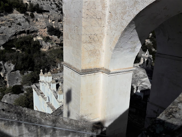 Santuario Madonna della Scala nella gravina a Massafra