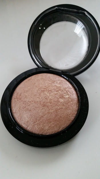 MAC Mineralize-Skinfinish Soft and Gentle Review