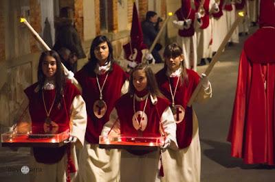 http://interbenavente.es/not/16020/reportaje-fotografico-de-la-semana-santa-de-david-parra/