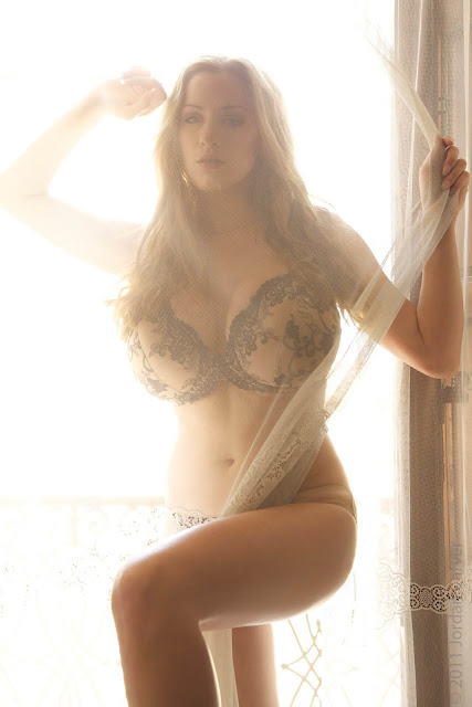 Jordan-Carver- Passionata-Beautiful-Photoshoot-Image-18
