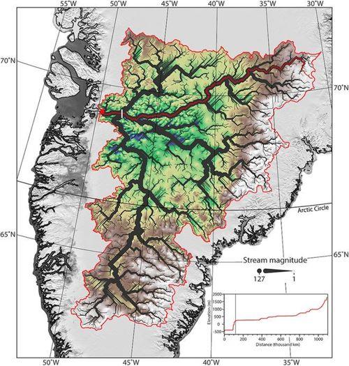 Una red secreta de ríos fue descubierta recientemente bajo el glaciar Jakobsvahn Isbrae en Groenlandia. La red fluvial primordial se encuentra mayormente seca, pero los investigadores creen que el agua aún puede fluir a través de los lechos de los ríos a lo largo de las márgenes del hielo.