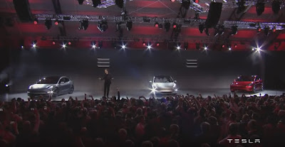 Elon shows the Model 3 and Announces 115,000 Reservations in the first 24 hours!