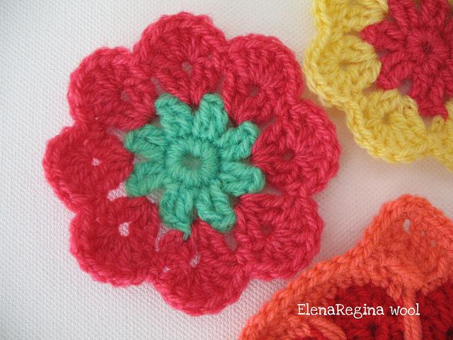 ElenaRegina wool Piastrellina fiore africano 12