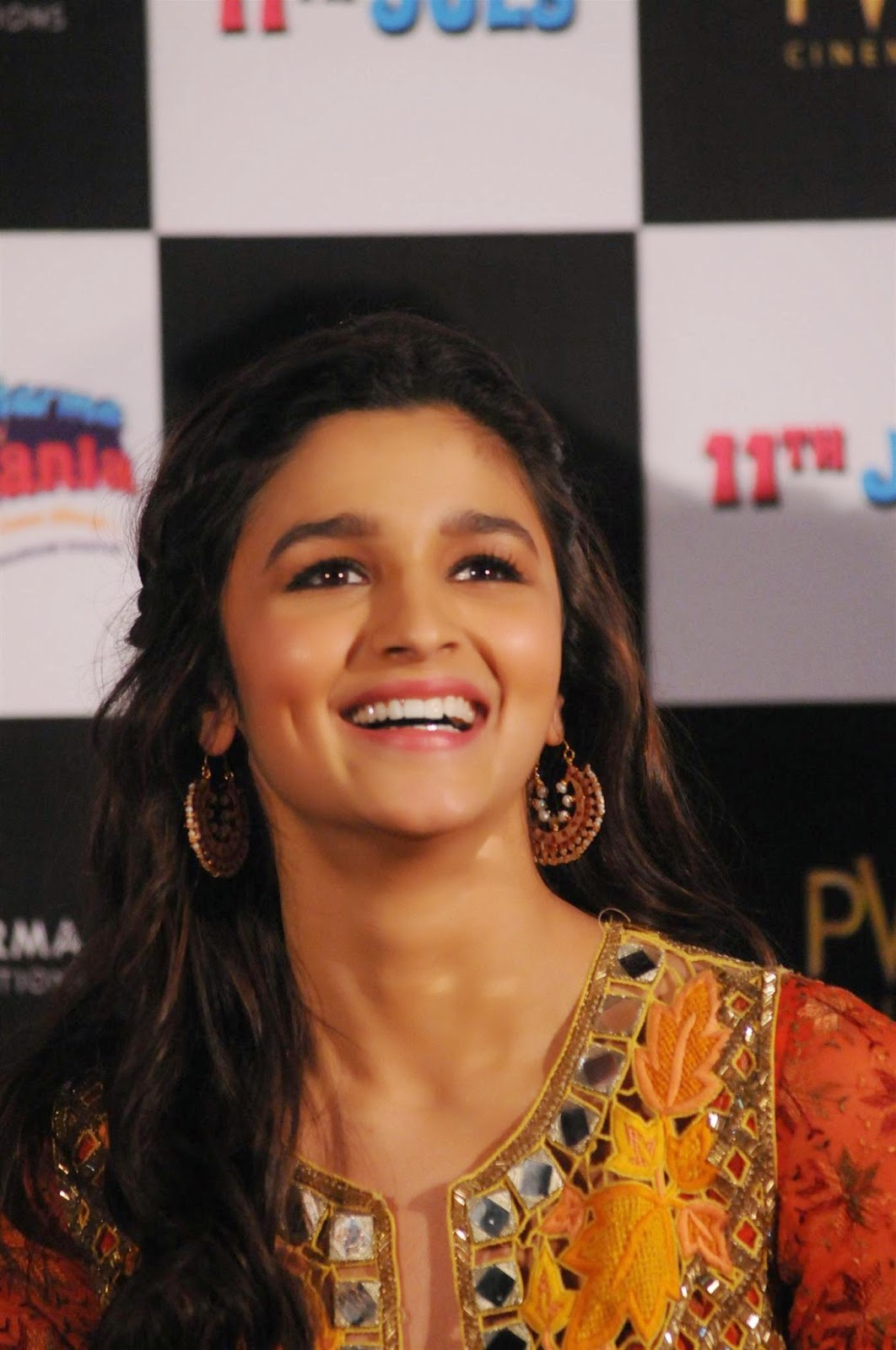 High Quality Bollywood Celebrity Pictures Alia Bhatt -5733