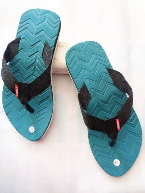 Sandal Pria Lisban WHY | Koleksi sandal pria murah dan lengkap