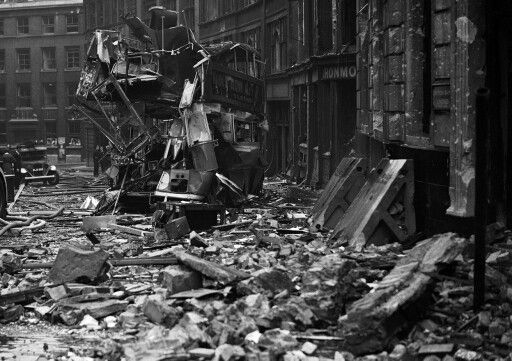 10 September 1940 worldwartwo.filminspector.com London Blitz