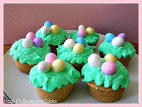 Easter Cupcakes + Easter Candy Dessert Roundup the perfect way to enjoy your pastel Easter Candy from the Easter Egg Hunt. You will love these Easter Candy Dessert Recipes on www.Embellishmints.com