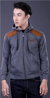 Sweater Cowok Dengan Tutup Kepala GARSEL