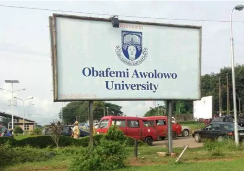 Church-members-of-Obafemi-Awolowo-University-Lecturer-react-to-Sex-for-Marks-allegations