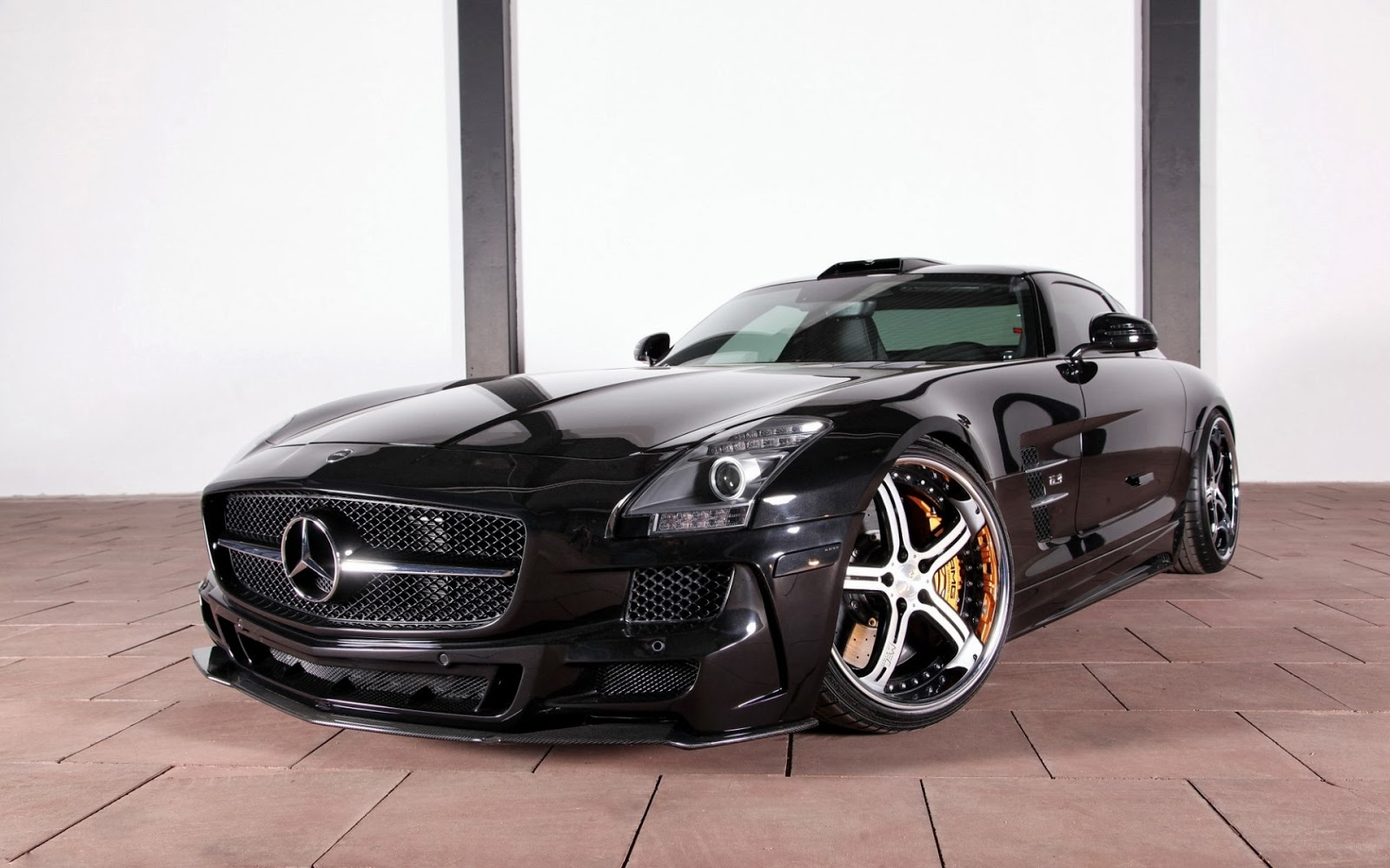 Mercedes Benz hd wallpapers and photos
