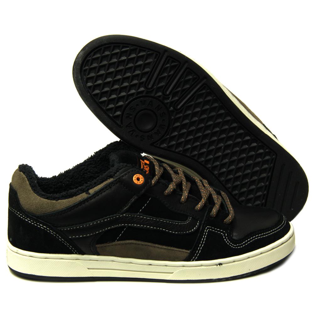 5ba06f408f Shoebedo  Vans Skate Shoes neu eingetroffen!!
