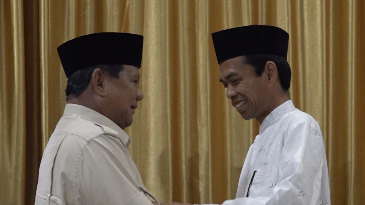 Prabowo Bertemu UAS, Netizen Buat 2 Meme Kocak Sindir Jokowi