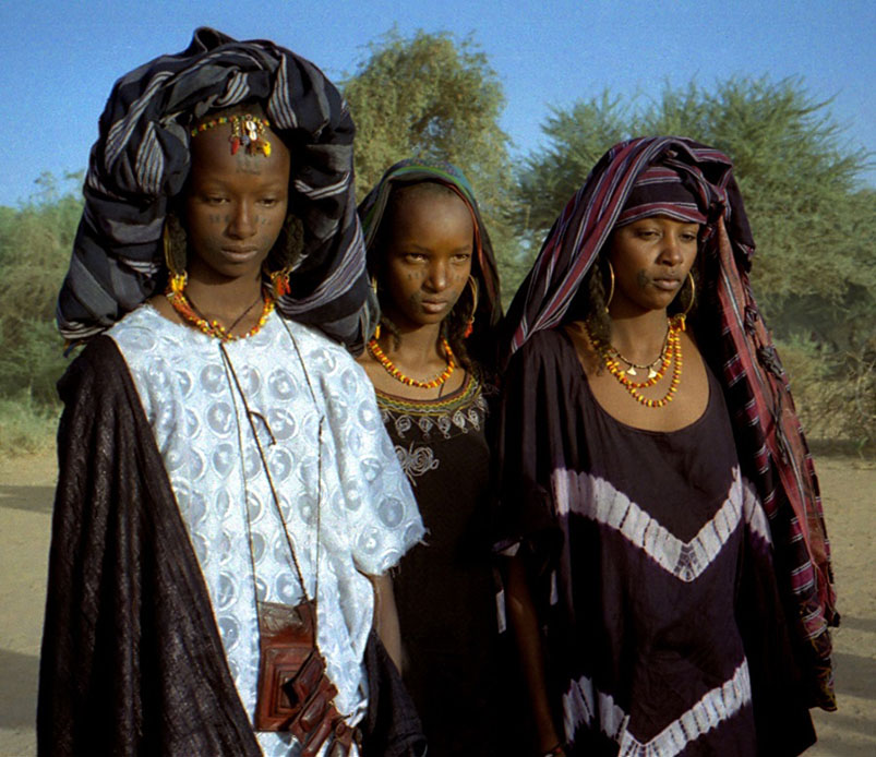 Granelli di sabbia le donne tuareg - Perche le donne musulmane portano il velo ...