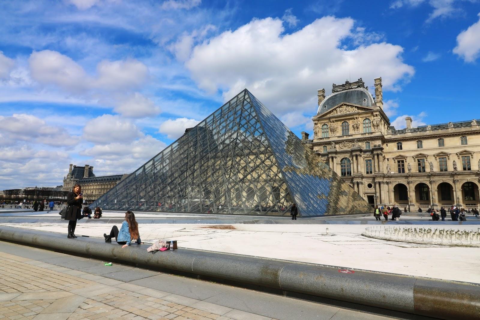 zwiedzanie paryż