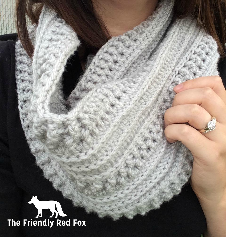 Free Crochet Katniss Cowl Pattern - thefriendlyredfox.com