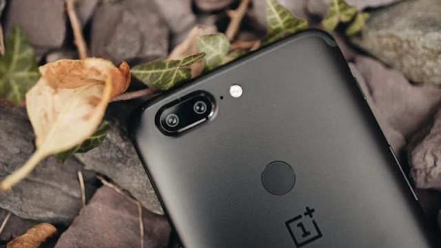 OnePlus 6 dengan Fingerprint Tertanam di Bawah Layar Hadir Pada Maret 2018