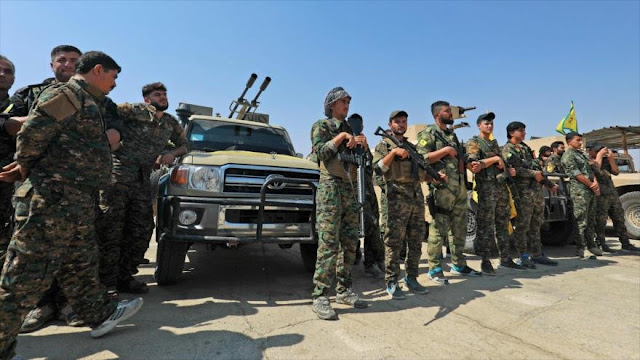 Turquía seguirá atacando a los kurdos pese a amenazas de EEUU