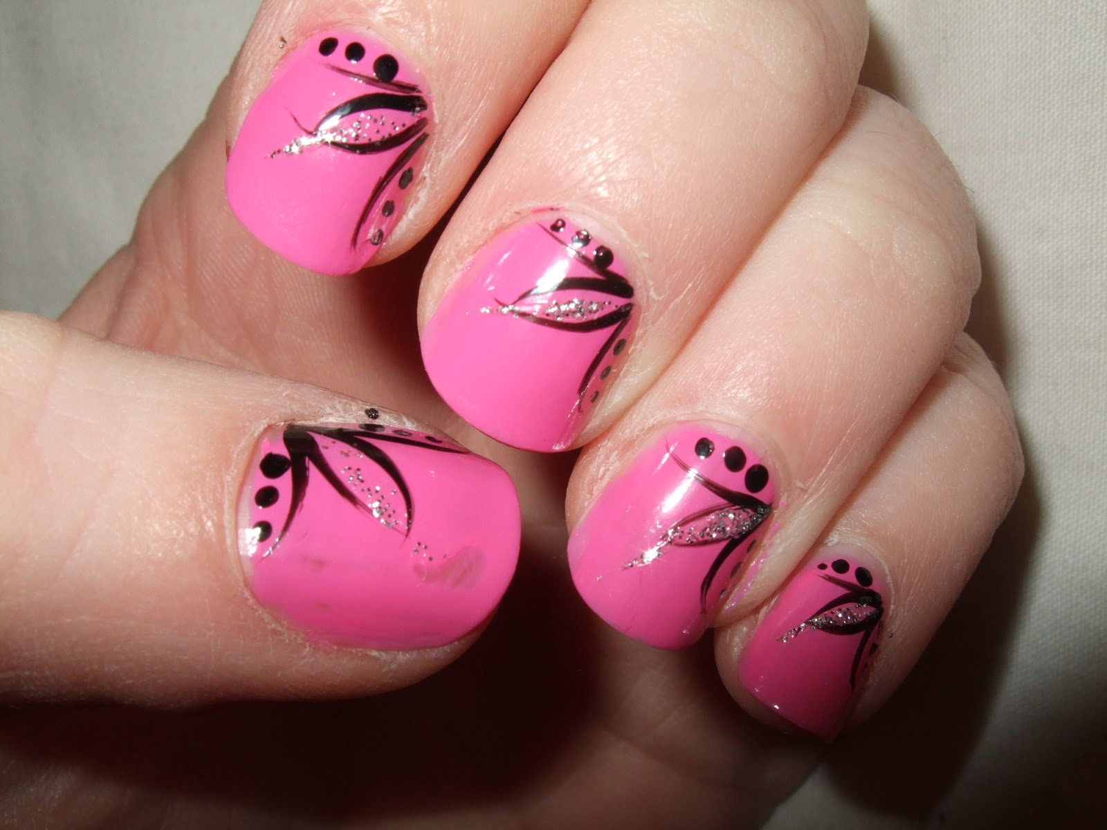 Nails Art: Oooooh Pretty: January 2012