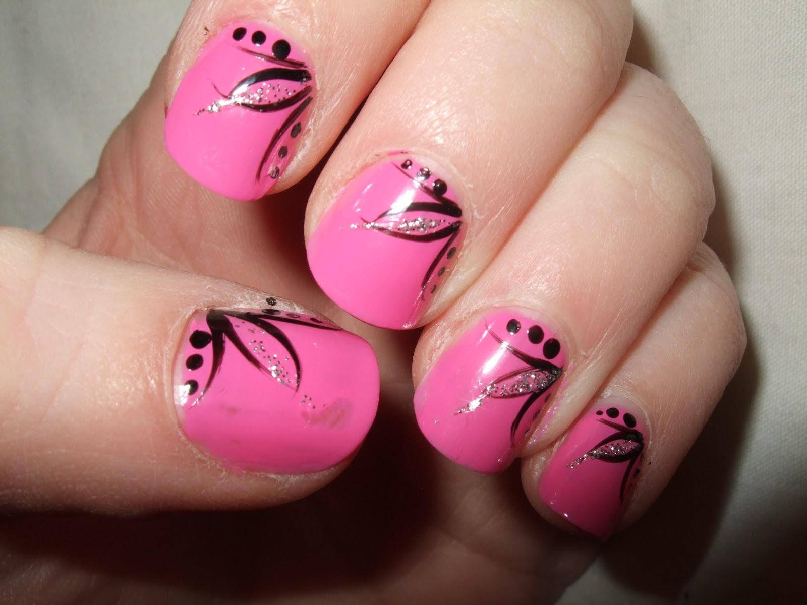 Oooooh Pretty: My first ever Nail Art Design!