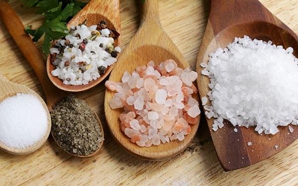 Tudo sobre Sal: Conheça os tipos, como usar, salgar, dessalgar e muito mais (Imagem: Reprodução/Dicas de Mulher)