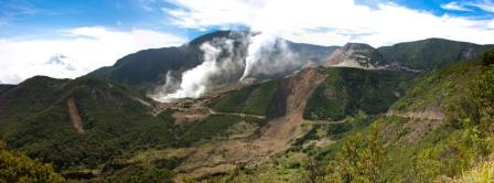 Gunung Api Papandayan di Indonesia