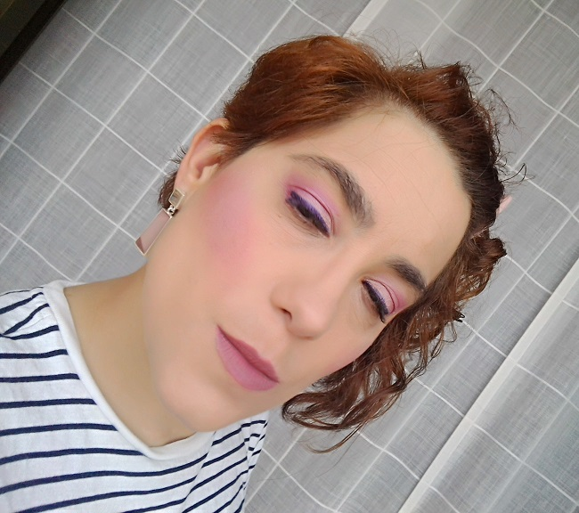 Make Up in Rose with Urban Decay