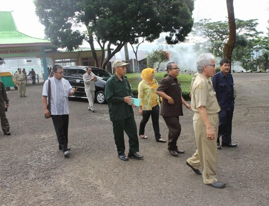 Kunjungan kerja DPRD ke Gualawa