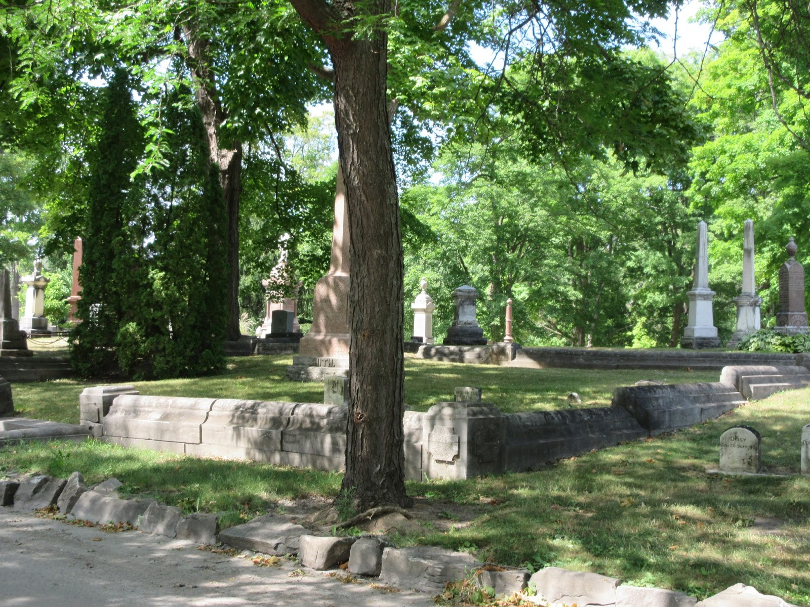 Marlene 39 s space beechwood cemetery for The beechwood