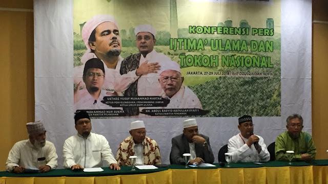 Panitia Copot Spanduk Prabowo di Acara Ijtimak Ulama