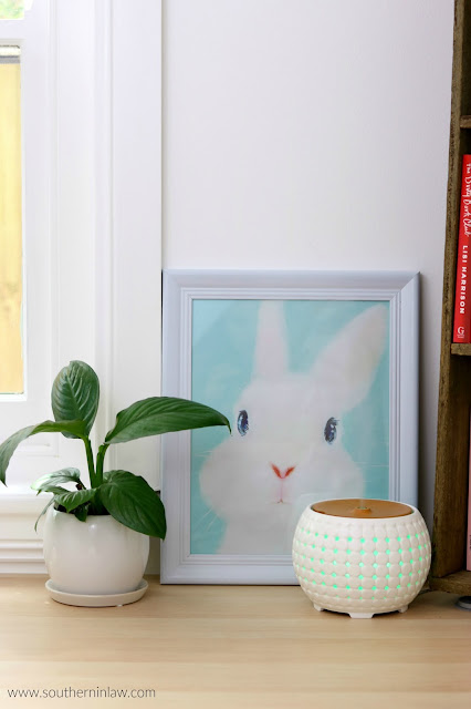 Easter Decor Inspiration - Ellia Diffuser Review and Cute Bunny Print