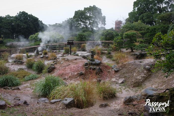 Fumerolles et terre brûlée, Bozu Jigoku, Beppu, Oita