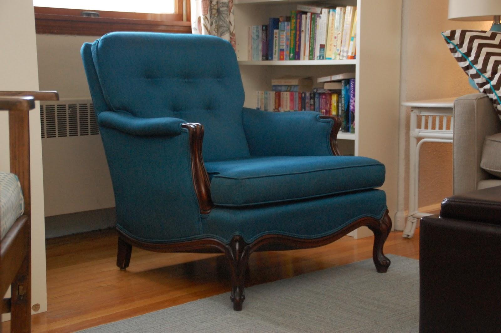 Lisa Moves Blue Craigslist Chair